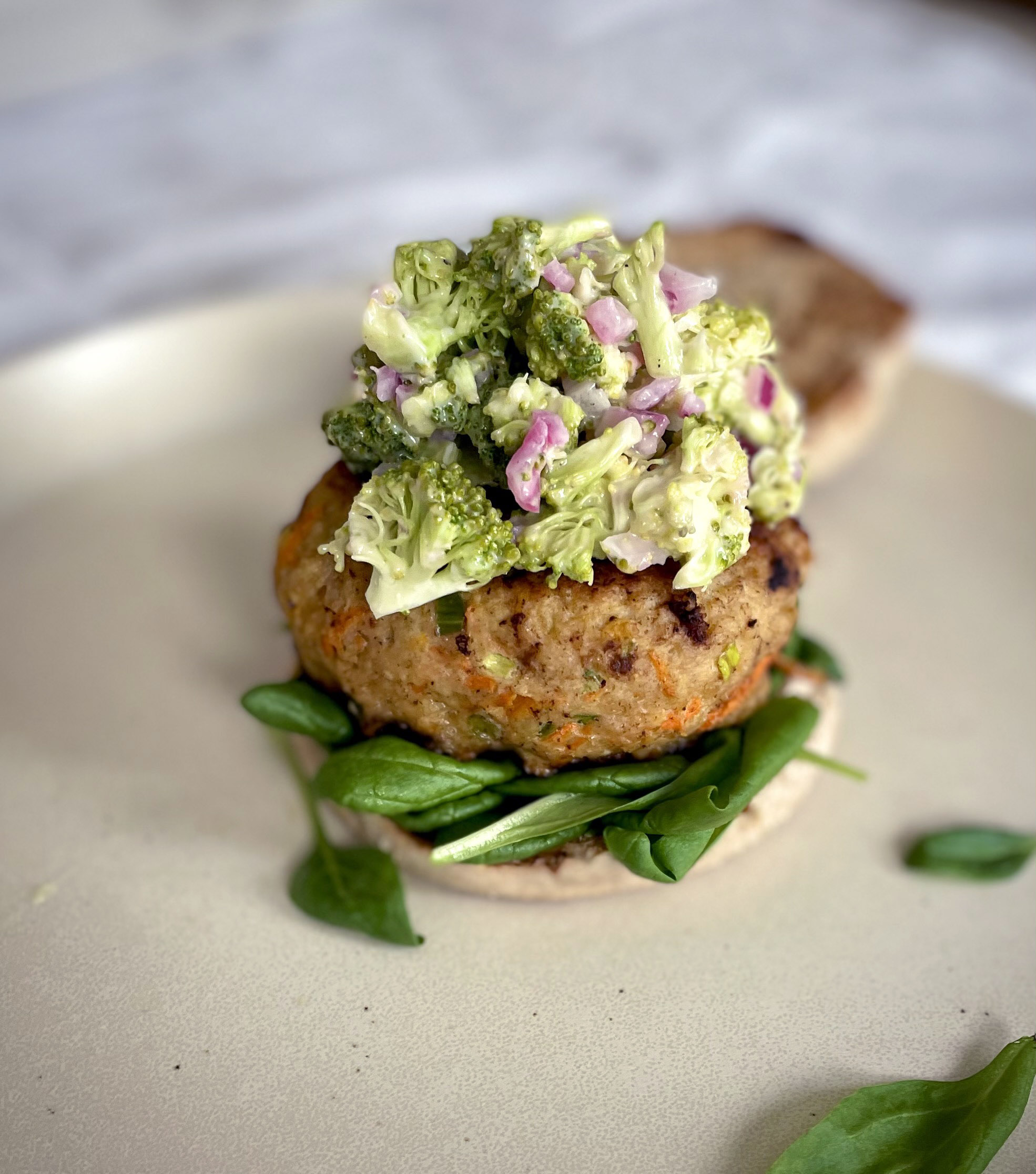 Asian Chicken Burgers Topped With A Creamy Broccoli Slaw Zezzacooks Com